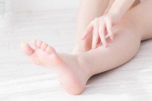 脚 むくみ 解消 食べ物 プルーン  理由 効果 食べ方